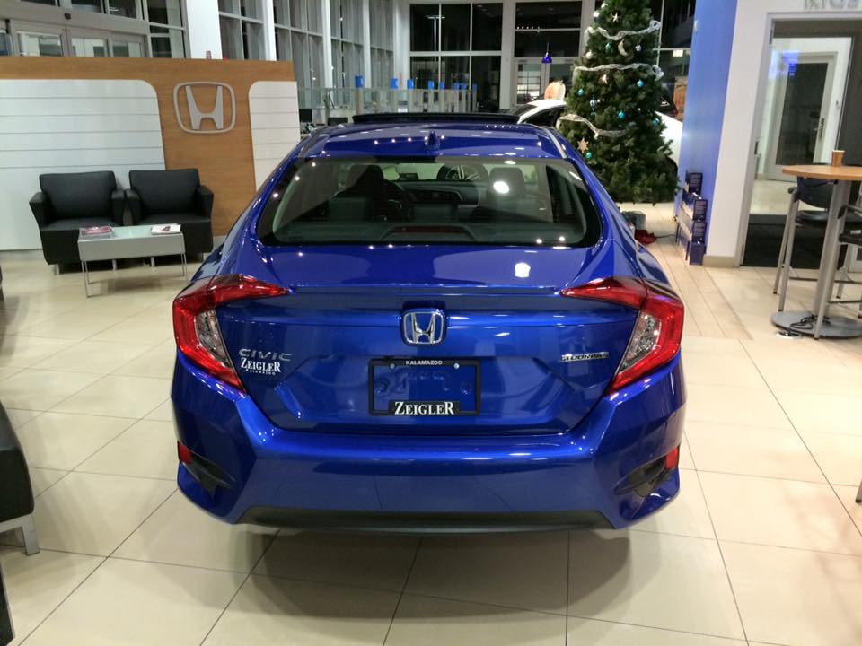 2016-honda-civic-aegeanblue4.jpg
