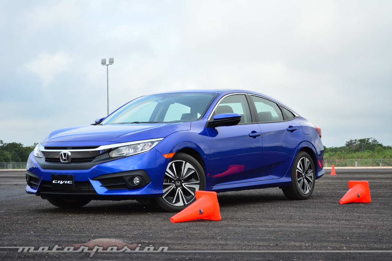 aegeanblue-2016-honda-civic-1.jpg