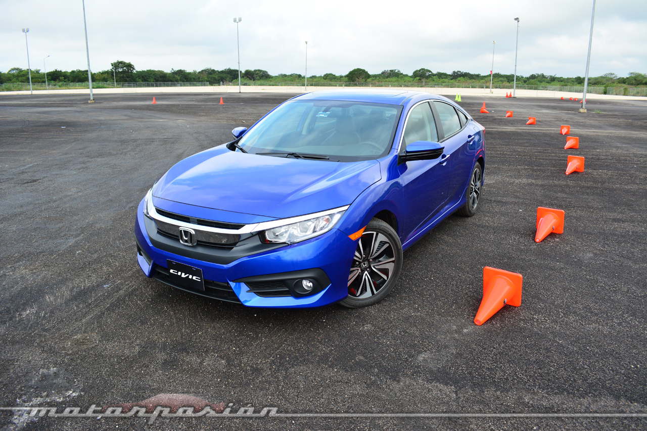 aegeanblue-2016-honda-civic-7.jpg