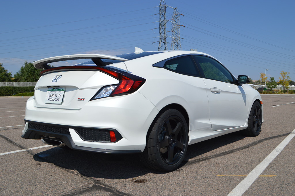 Honda%20Civic%20Si%202017%20SSR%20Wheels%20and%20Kumho%20Tires%205_zpsuepyrgj6.jpg