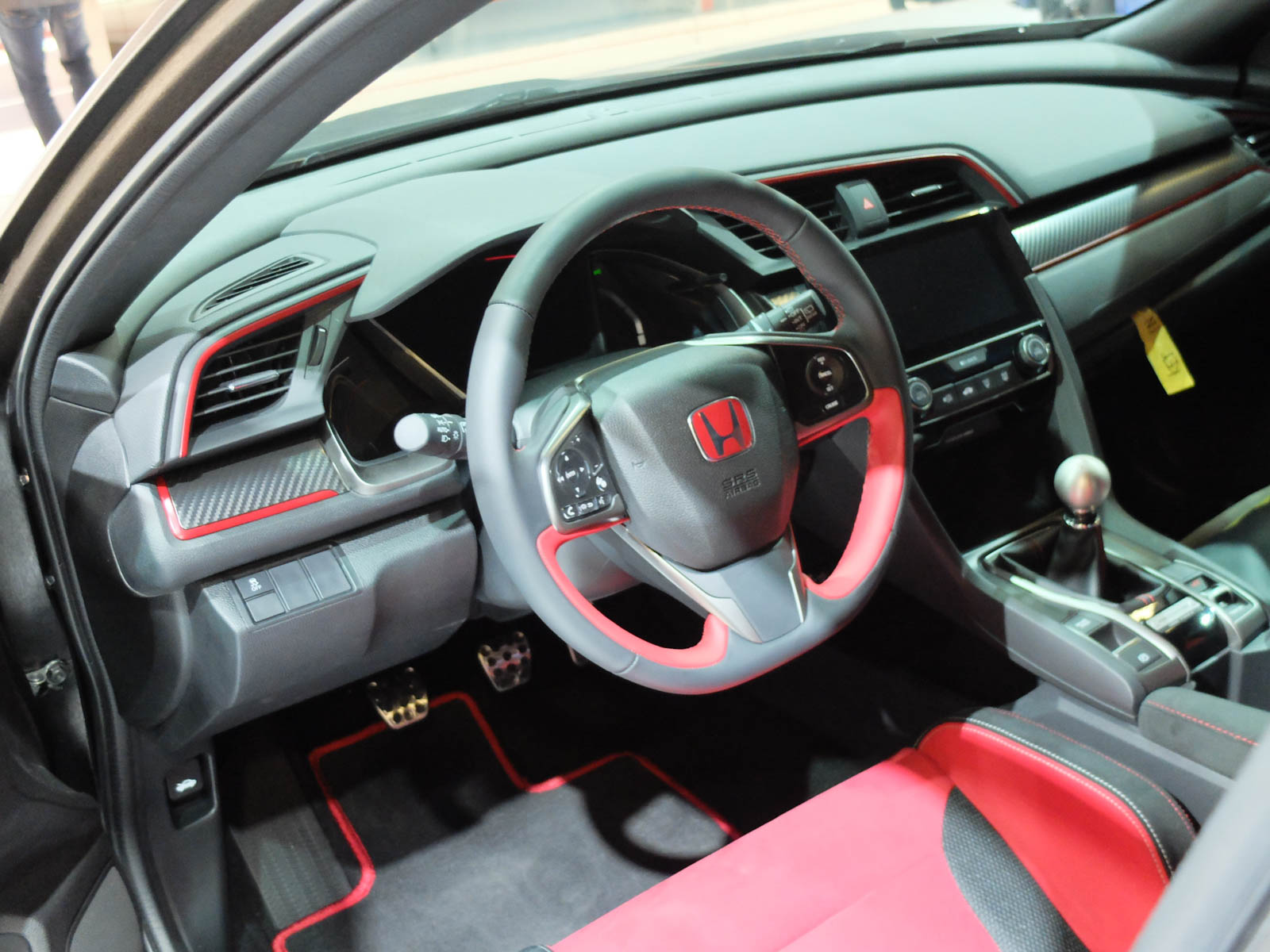 Honda-Civic-Type-R-7.jpg